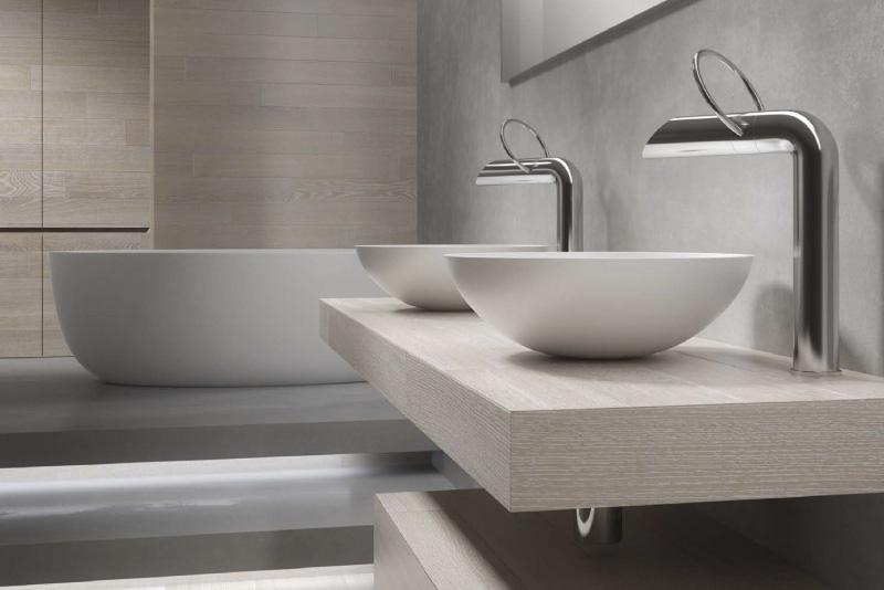 Arredo bagni con rivestimento in legno 5 millimetri for Bagni in resina immagini